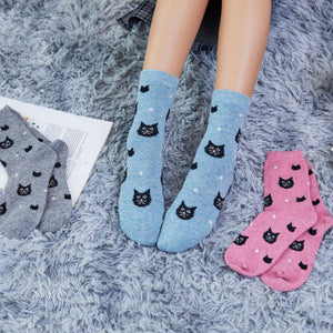 Snowy Cat Wool Blend Socks - 3 Pairs Pack / Women's Shoe Size 5-10 - UPKIWI
