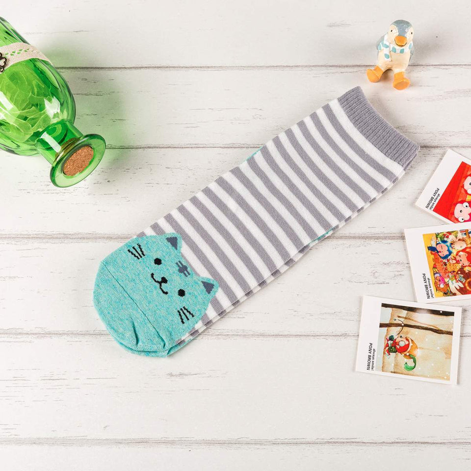 Striped Cat Women's Socks - Gray / Women's Shoe Size 5-10 - UPKIWI