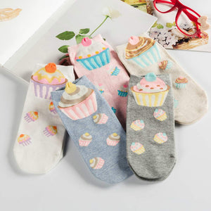 Sweet Cupcake Women's Low Cut Socks - 5 Pairs Pack / Women's Shoe Size 5-10 - UPKIWI