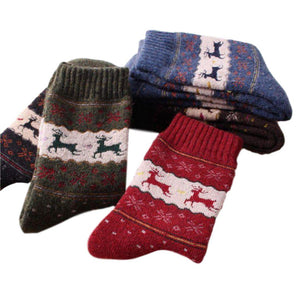 Vintage Reindeer Ultra Warm Wool Blend Socks - 5 Pairs Pack / Women's Shoe Size 5-10 - UPKIWI