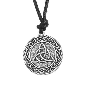 Bewitched Jewels Knotwork Triquetra Trinity Wiccan Pagan Necklace
