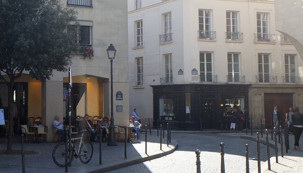 【LIFE】Walking in Paris – In the district of Marais: bookstore Librairie Yvon Lambert