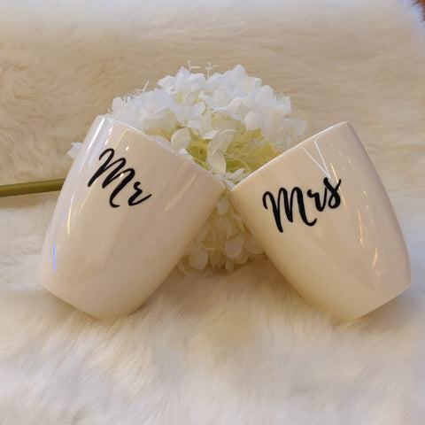 Unbreakable Mr & Mrs white couple mugs (Set of 2)