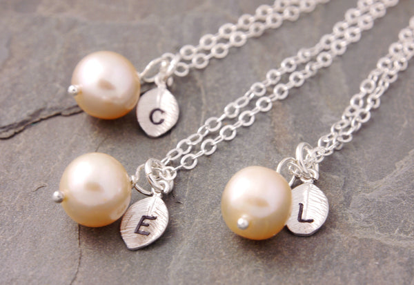 pearl necklaces for bridesmaids