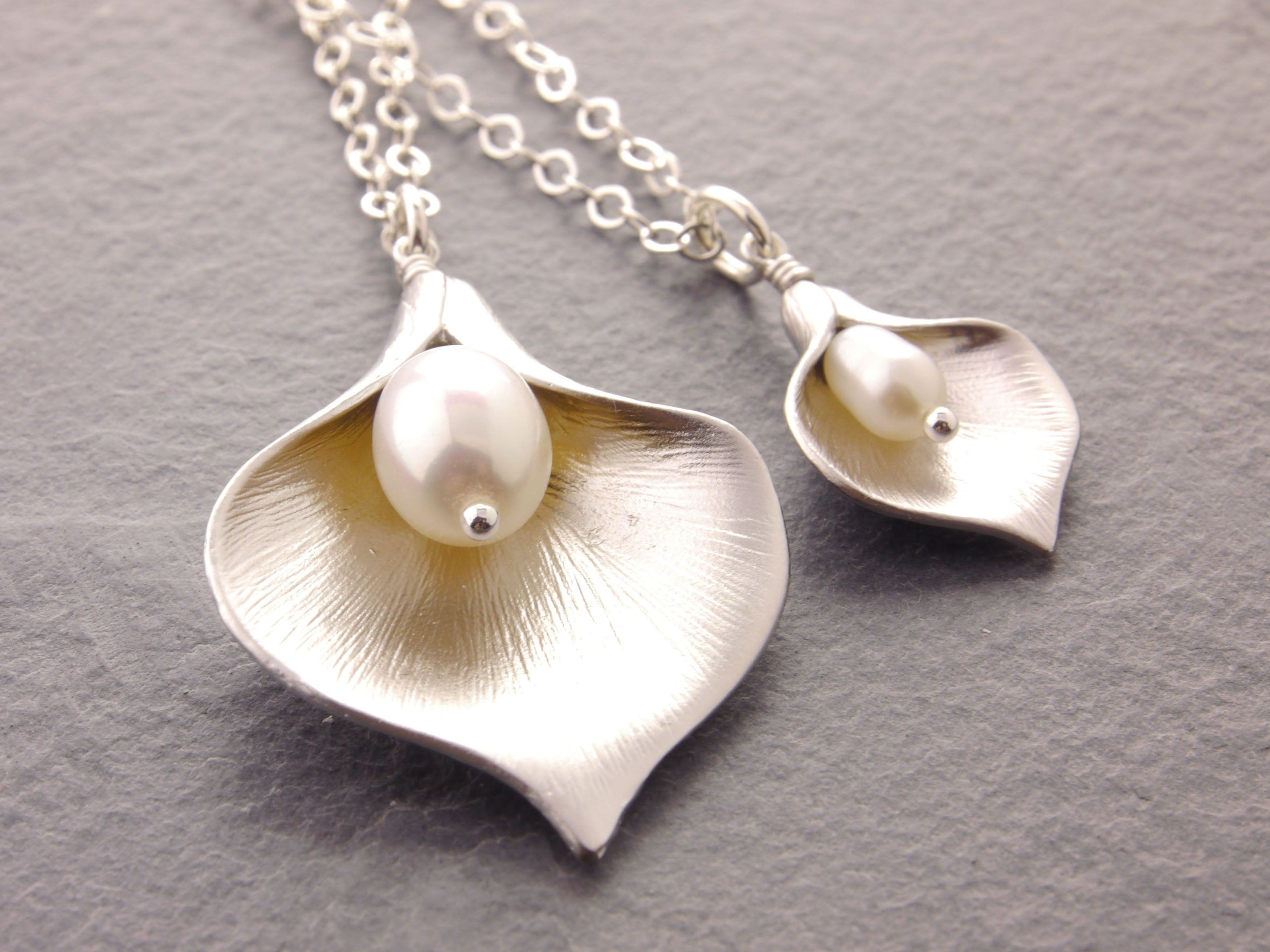 mother daughter calla lily necklaces