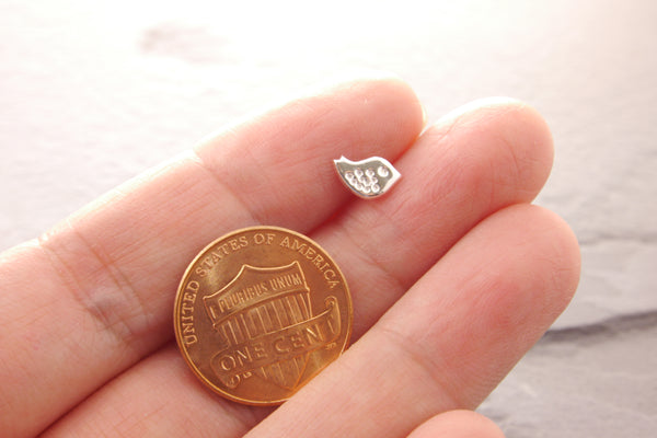 size of bird stud earrings relative to a penny