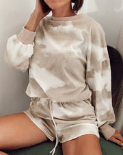 Head in le nuage Sweater Set