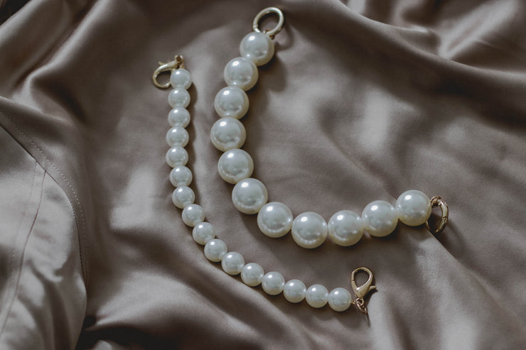 Pearl Hand Bag Strap