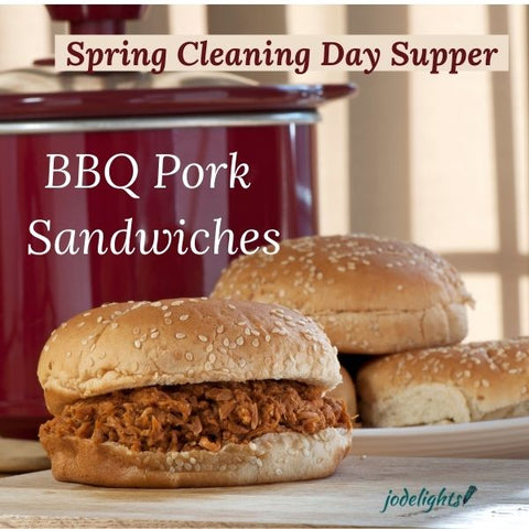 Pulled Pork Sandwiches with White Horseradish Barbecue Sauce