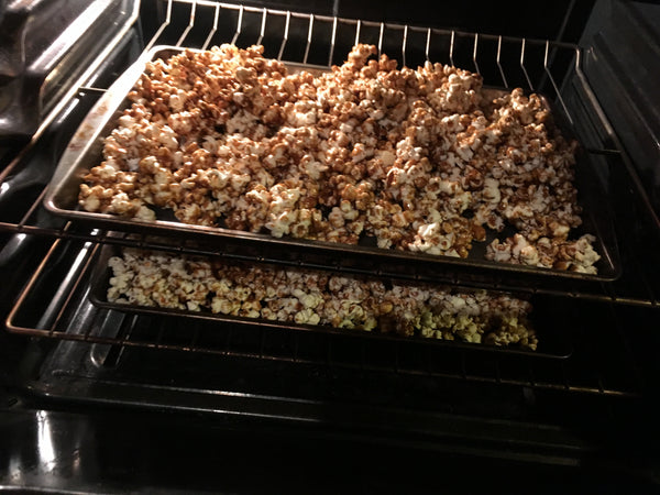 baking caramel corn
