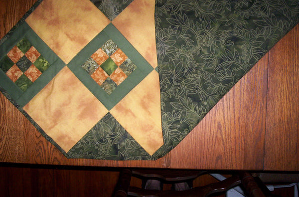 Green and Gold Squared Table Runner