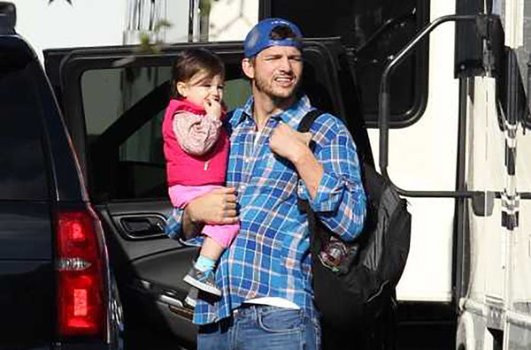 DadGear Sighting: Ashton Kutcher