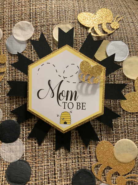 """MOM TO BEE"" Baby Shower or Sprinkle Pin"