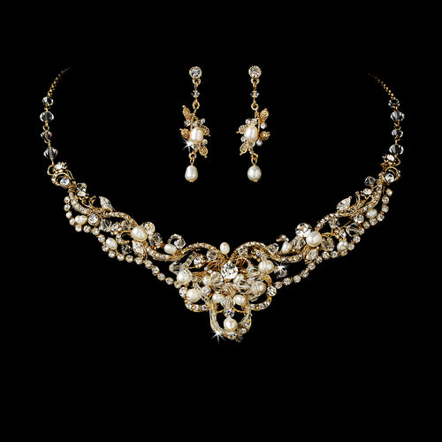 Freshwater Pearl Necklace Earring Set