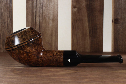 Devil Dog - Dark Contrast Smooth with Saddle Stem