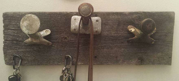 Rustic Saddle Horn Coat Rack