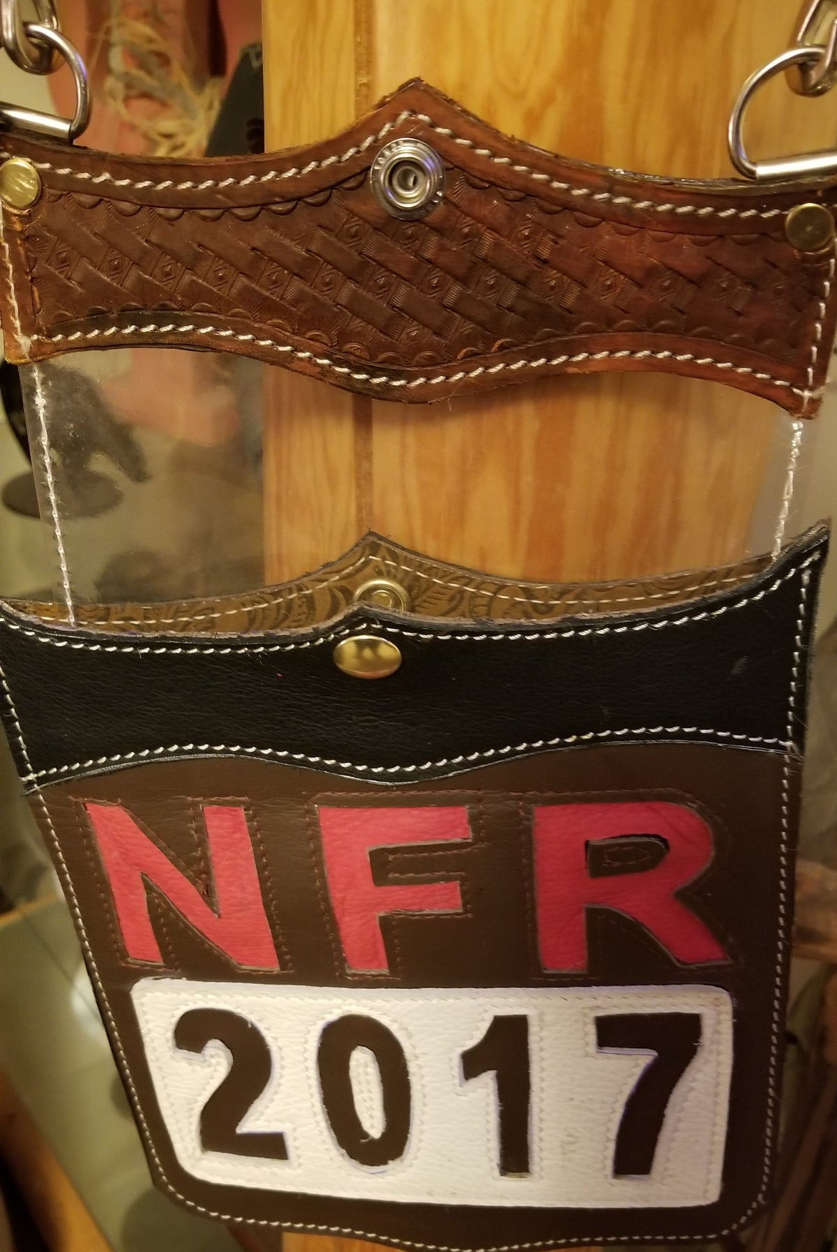 Back Number Purse