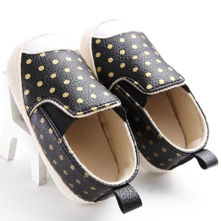 Dotted Leather Sneakers