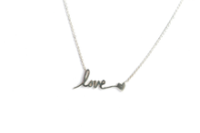 COLLAR LOVE CORAZON