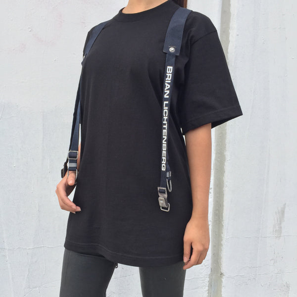 STRAPPED TEE