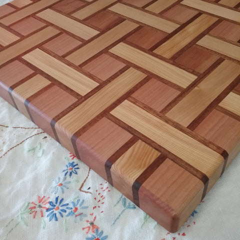 Wooden Serving Board weave