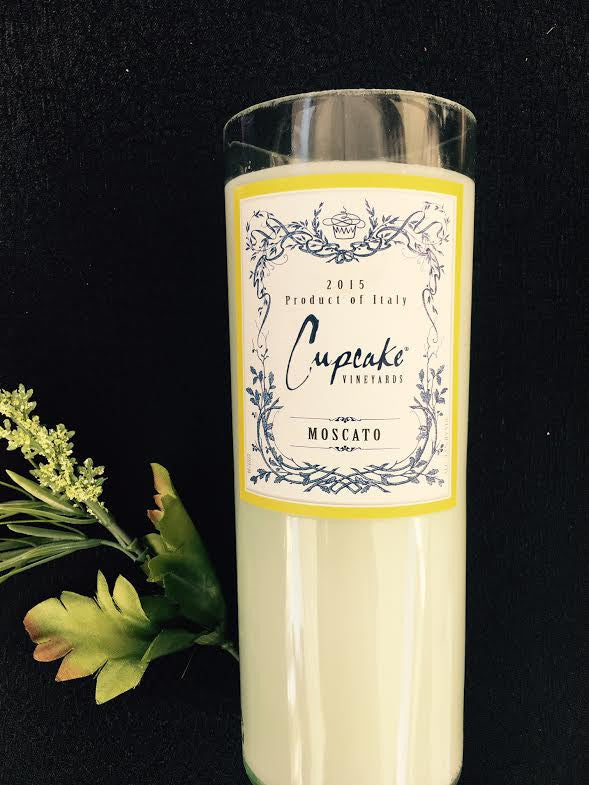 Cupcake Moscato Wine Candle - Coconut Lime