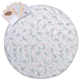 Perfect for playtime, tummy time or at the park. Our Lolli Living features a fun reversible design and comes with 8 double sided milestone cards to commemorate your baby's milestones. Made from 100% cotton sateen and lightly padded to protect your baby from hard surfaces, it comes complete with its own handy travel bag for when your out and about. 100cm diameter