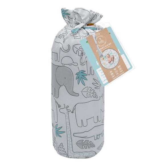 Perfect for playtime, tummy time or at the park, our Lolli Living Urban Safari features a fun reversible design and comes with eight double sided milestone cards to commemorate your baby's milestones. Made from 100% cotton sateen and light padded to protect baby from hard surfaces, it comes complete with its own handy travel bag for when out and about.