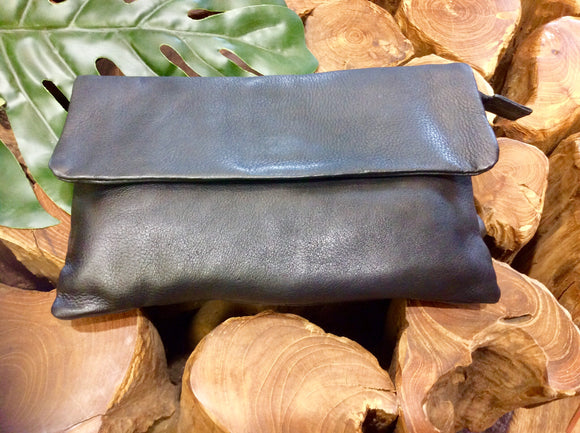 LEATHER LUCIE CLUTCH