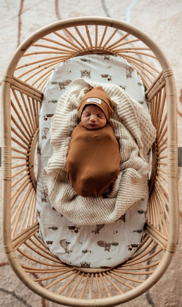 Snuggle Honey - Bronze swaddle & beanie set