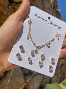 La Bonita Necklace & Earring Set