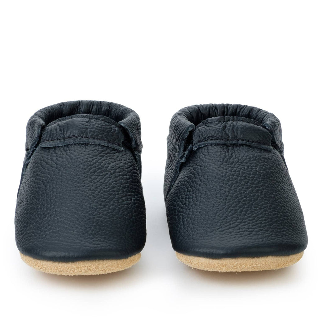BirdRock Baby - Black and Tan Fringeless Moccasins