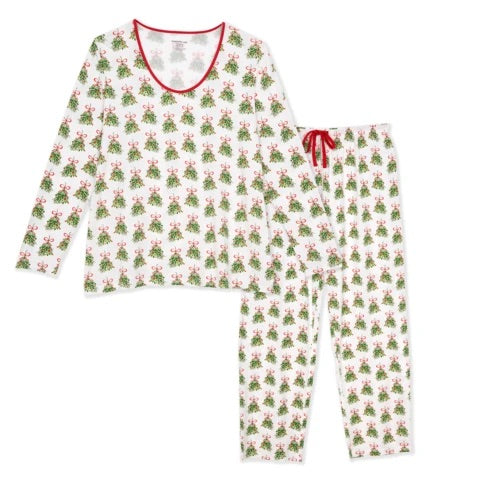 Magnificent Baby - Kiss Me Women's Holiday Pajama Sets