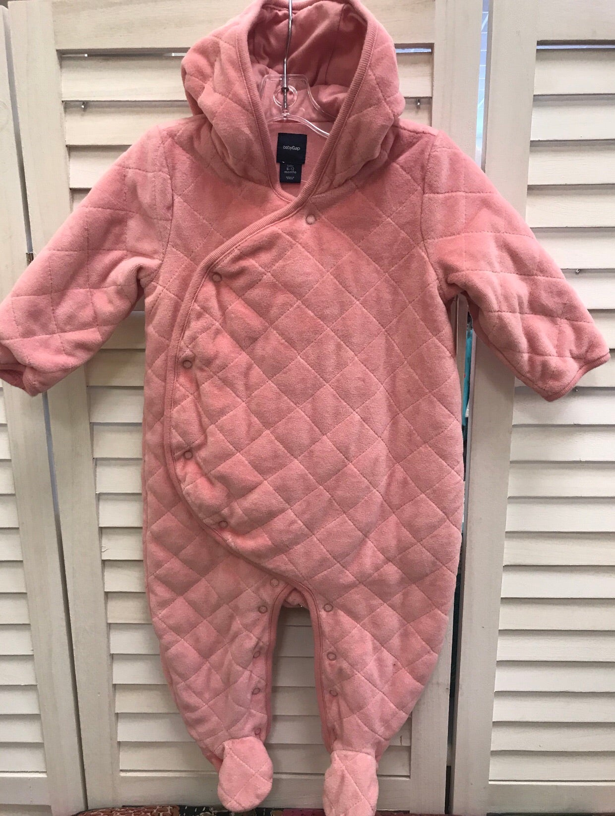 Baby gap pink snowsuit 6-12 months - Le Bébé Chic Boutique