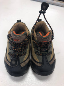 Boys Hiking Boots size 8 - Le Bébé Chic Boutique