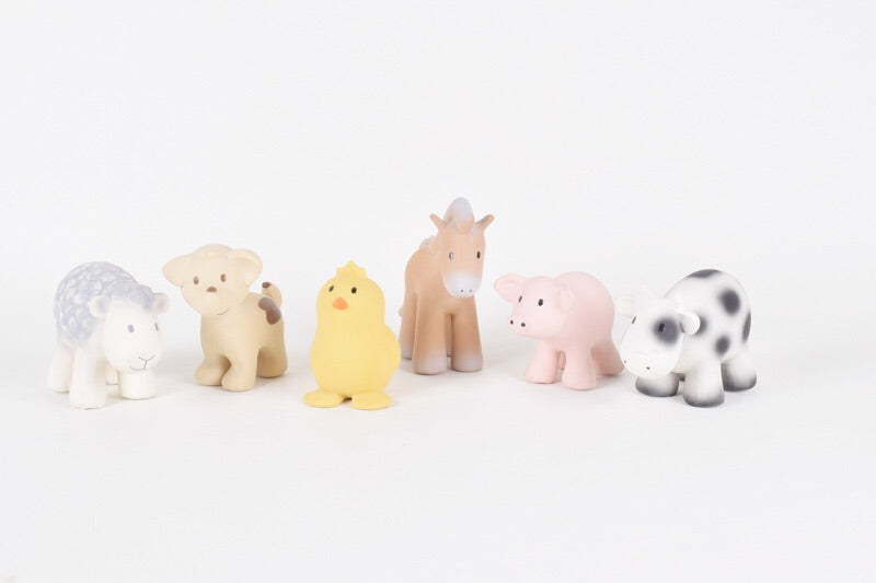 My First Tikiri Farm - Pig Rattle - Le Bébé Chic Boutique