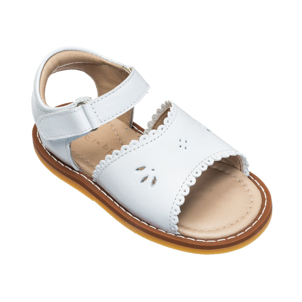 Classic Sandal with Scallop White