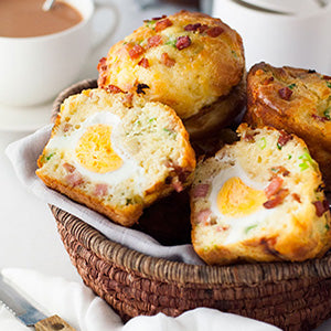 bacon-and-egg-breakfast-muffins