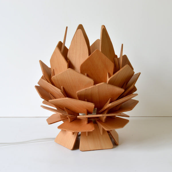 Pinecone Style Wooden Table Lamp - ModiDen