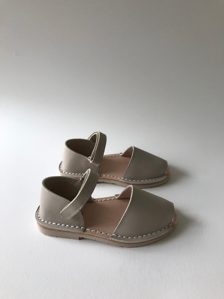 Nomad Sandals- Fawn