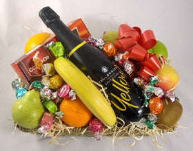 fruit sparkling wine and chocolates