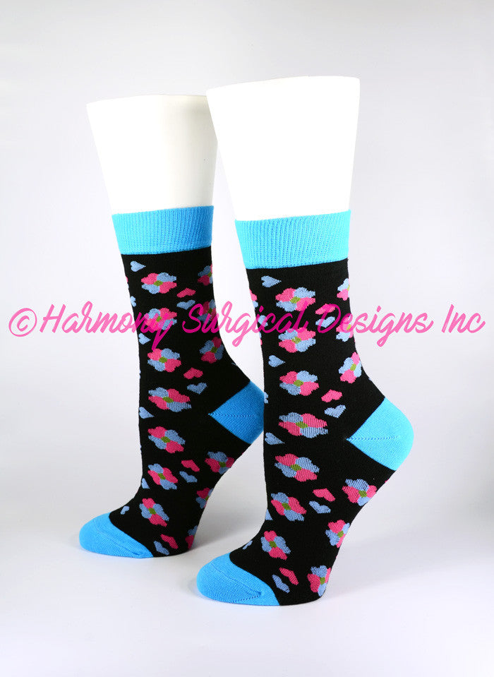 Small Hearts Crew Socks - Harmony Surgical Designs