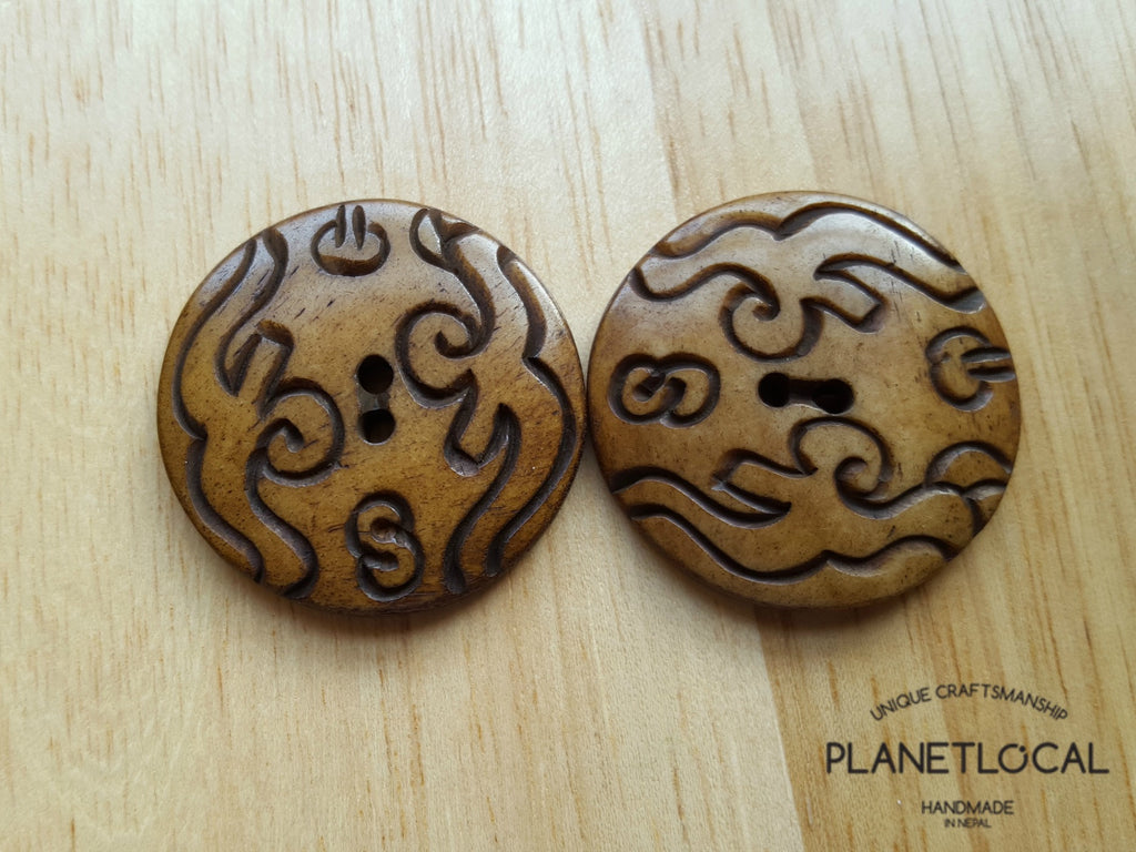 Hand Carved Bone Button - PLANETLOCAL