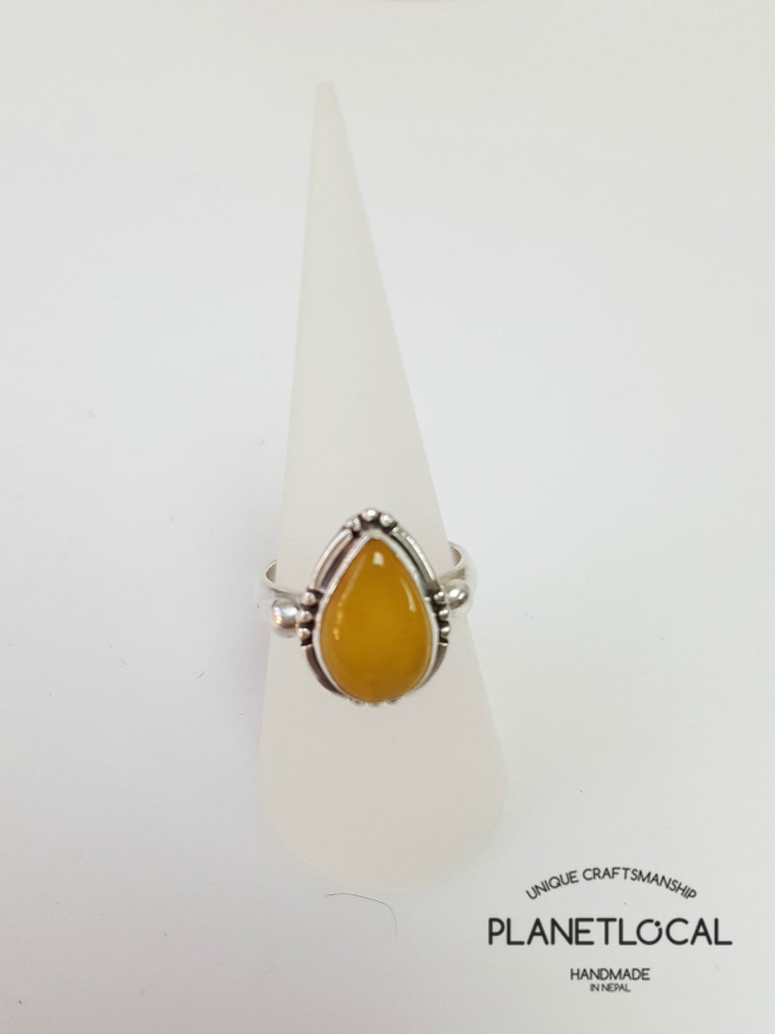 AMBER ring on 925 Sterling Silver - PLANETLOCAL
