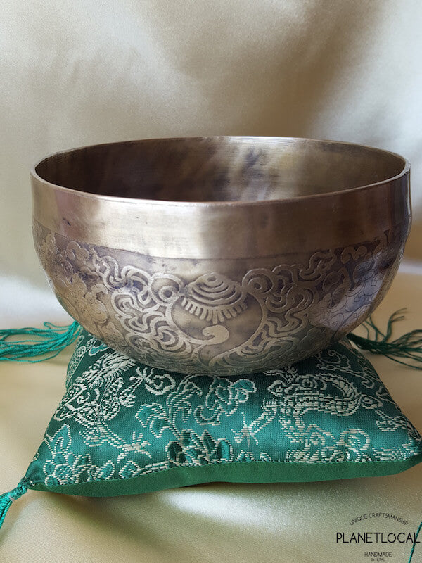 15cm Sea of Wisdom Conch Etched Singing Bowl (2)