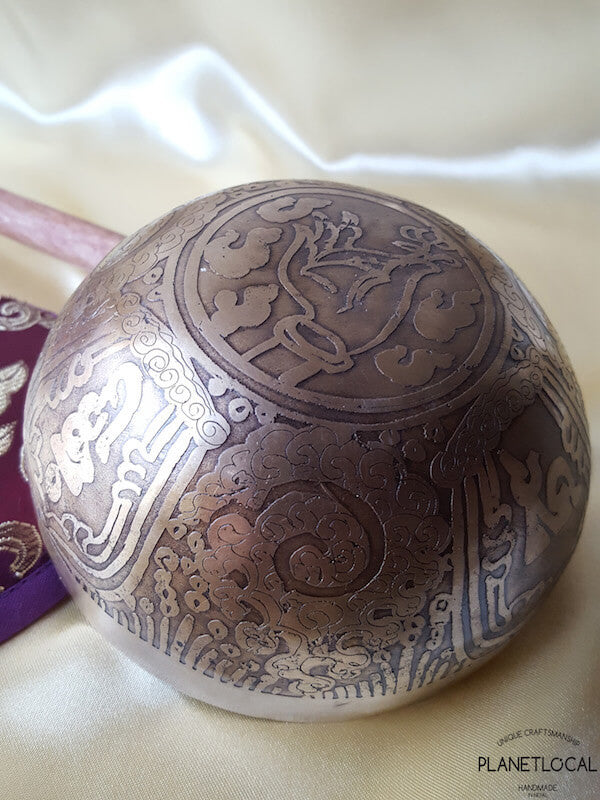 12cm OM Etched Singing Bowl (3)