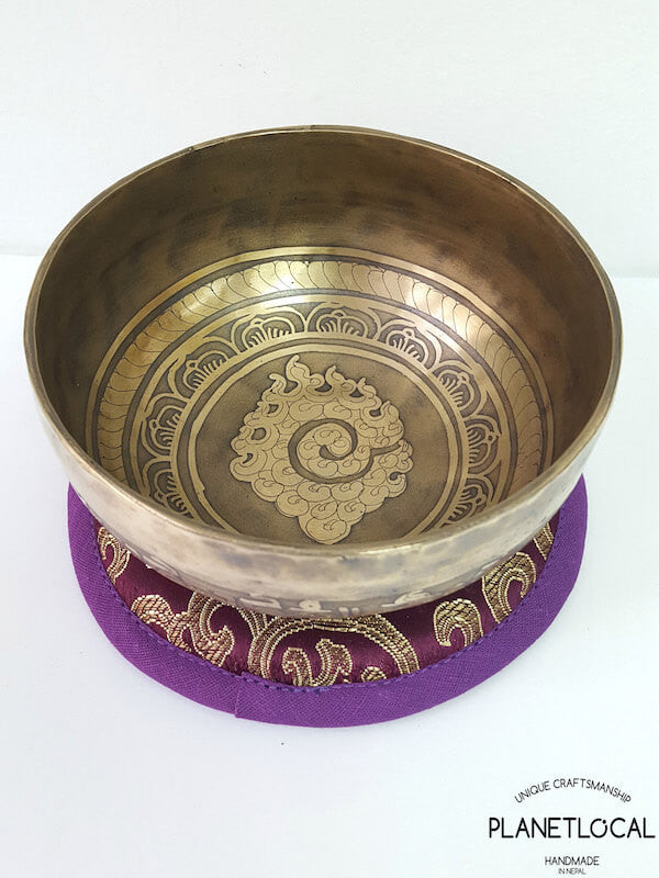 12cm Mantras of Compassion Singing Bowls-Fire (1)