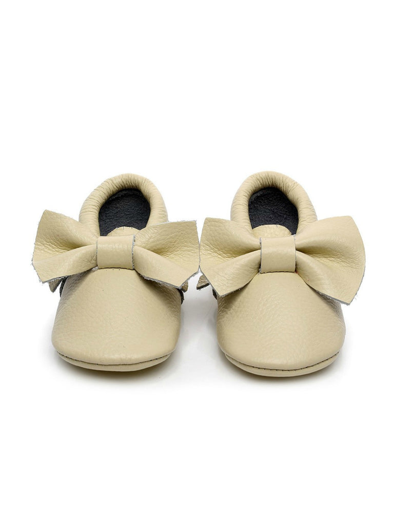 Bow Moccasins | Ivory