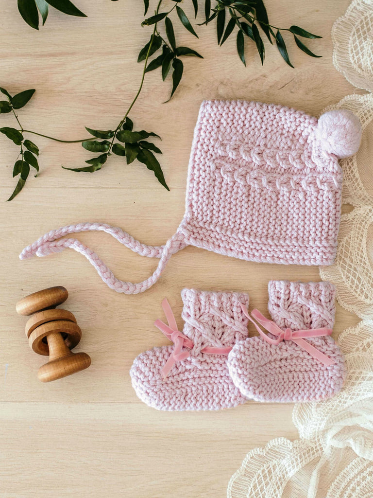 Bonnet & Booties Set | Pink
