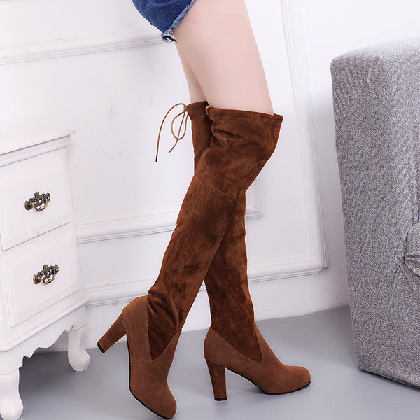 Knee boots pointed with high heels CODE: mon609